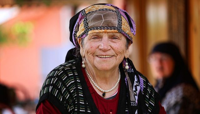 old woman smile with white teeth
